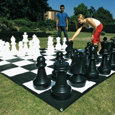Dom Giant Chess Pieces