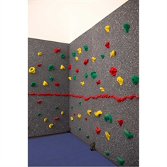Everlast Climbing Magna® Traverse Wall® 8' x 20' Package with Cordless Mat-Locking System